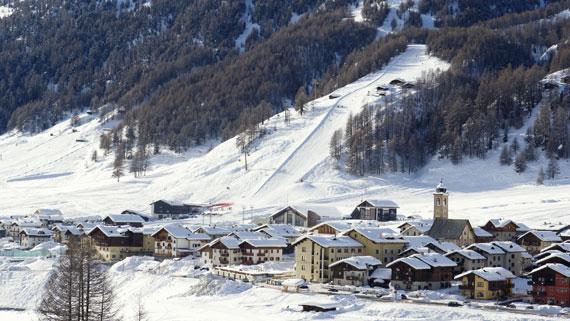 scuola-sci-livigno-italy-lezioni-snowboard-camp.jpg