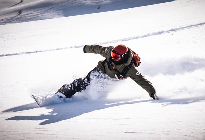 scuola-sci-livigno-italy-lezioni-snowboard-gruppo-snow-lessons.jpg
