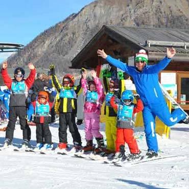 scuola-sci-livigno-italy-ski-kids-lesson.jpg