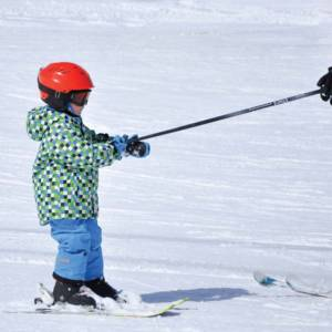 scuola sci livigno italy kids play to ski group lesson
