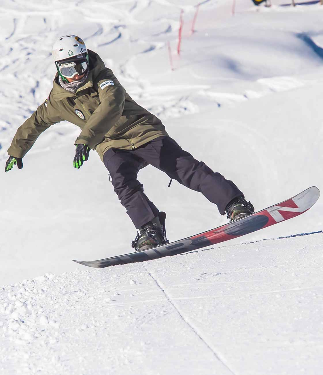 scuola-sci-livigno-italy-snowboard-1.jpg
