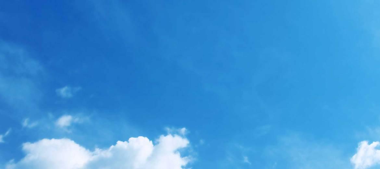 scuola-sci-livigno-italy-snowboard-sfondo-cielo.jpg