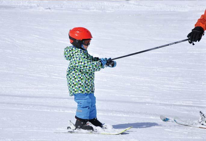 scuola-sci-livigno-italy-ski-kids-lezione-play-to-learn-ski.jpg